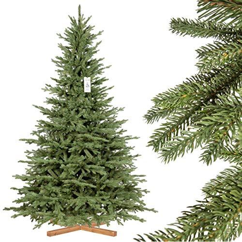 FairyTrees Weihnachtsbaum künstlich BAYERISCHE Tanne Premium, Material Mix aus Spritzguss & PVC, inkl. Holzständer, 220cm, FT23-220