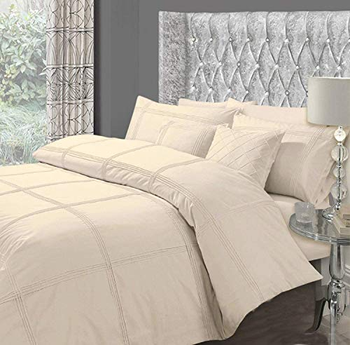 GC Designer Luxury Embroidered Hamlet Duvet/Quilt Cover Bedding Set With Pillows (Double, Cream)