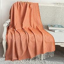 Sylanfia - Manta Ligera de Color Naranja Quemado para sofá, acogedora Manta Tejida Fina Decorativa con borlas para sofá, Cama, sofá, Mascotas, Viajes, Apto para Todas Las Estaciones