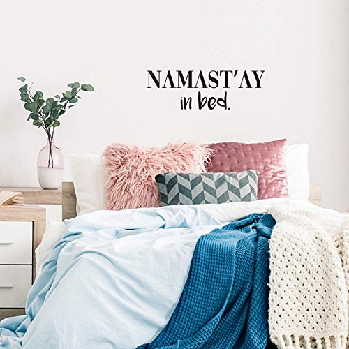 Wandaufkleber, Motiv Namast'ay in Bed, 26,7 x 83,8 cm, aus Vinyl
