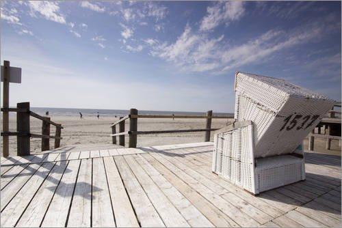 Posterlounge Holzbild 100 x 70 cm: Strandkorb Urlaub an der Nordseeküste von Dennis Stracke
