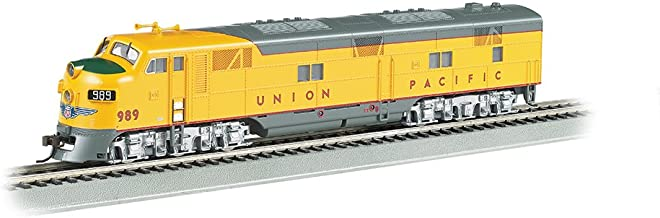 Bachmann Industries Union Pacific #989 Diesel Locomotive Train