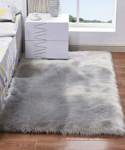 HARESLE Lammfell Vorleger Schlafzimmer Teppich Shaggy Teppich Flauschiger Teppich Kunstfell Teppich Waschbarer Teppich Matte, Grau/60x120cm
