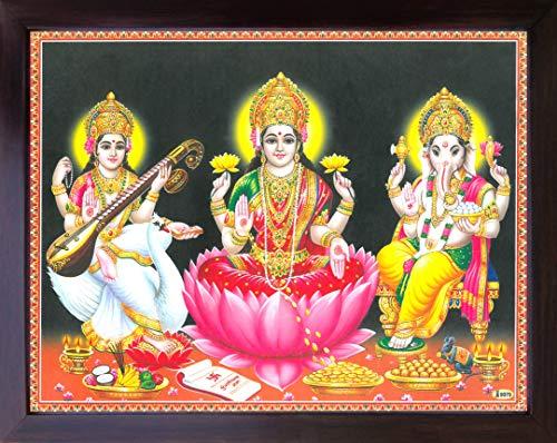 HandicraftStore Göttin Maa Laxmi sitzen in Lotus und Duschen Geld Bei Maa Saraswati auf Schwan sitzend & Ganesha Geben Segen, Religiöse Gemälde Poster Plakat mit Rahmen