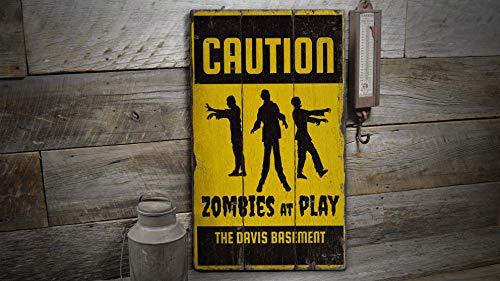 20X34CM At Play-Zeichen, Spielzeichen, altes Zombie-Zeichen, antikes Halloween-Zeichen, Holzschild - rustikales handgemachtes Vintage-Holzdekor