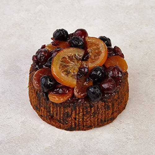 The Cakeology Co. Bakery, Torta in confezione di latta 14 cm - Torta alla frutta al brandy e decorata a mano con frutta candita, 765 g