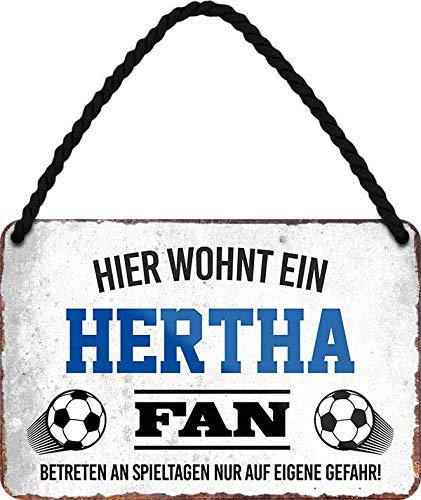Blechschilder HIER WOHNT EIN Hertha Fan Hängeschild für Fußball Begeisterte Deko Artikel Schild Geschenkidee 18x12 cm