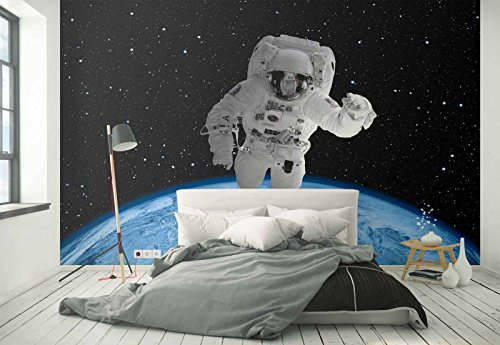 Vlies Fototapete Fotomural - Wandbild - Tapete - Astronaut Platz Galaxis - Thema Sterne und Weltraum - MUSTER - 104cm x 70.5cm (BxH) - 1 Teilig - Gedrückt auf 130gsm Vlies - FW-1146VEM
