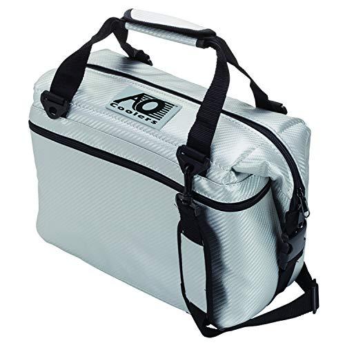 AO Coolers(エーオークーラー) 12 パック カーボン ソフトクーラー シルバー 防汚 軽量 保冷 クーラーボッ...