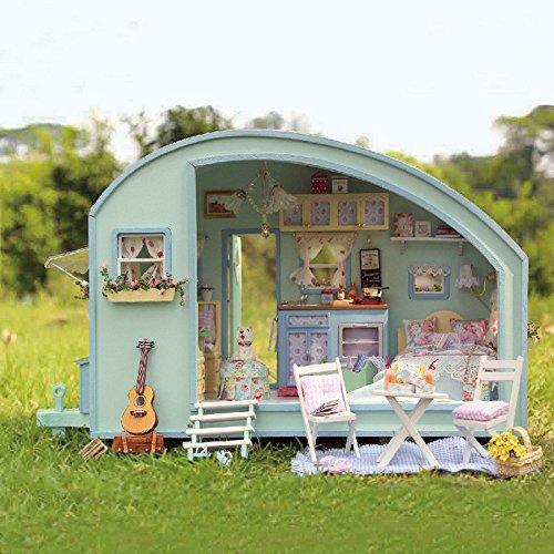 Dapei DIY Holzhaus Möbel Handwerk Miniatur DIY Puppenhaus Kits Camping Reisen Stil Puppenhaus Bausatz Romantische Geschenk Spielzeug Kinder Puzzle Spielzeuge