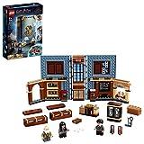 LEGO 76385 HarryPotter Poudlard:LeCoursdesortilèges, Cours de Magie, Livre de Collection, Mallette de Voyage, Jeu transportable