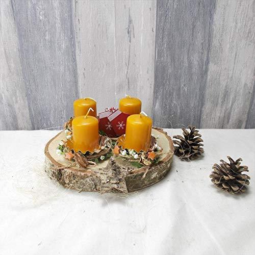 Klassischer Adventskranz, auf Holzscheibe, Tischkranz, Weihnachten, Adventsdeko,