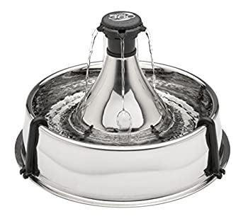 CAPACITÉ DE 3,8 L : Avec son design circulaire, chic, en acier et ouvert, cette fontaine à eau est idéale pour les foyers ayant plusieurs animaux, grands ou petits ENCOURAGE L'HYDRATION : Le système de jet d'eau en cascade oxygène l'eau incite les an...