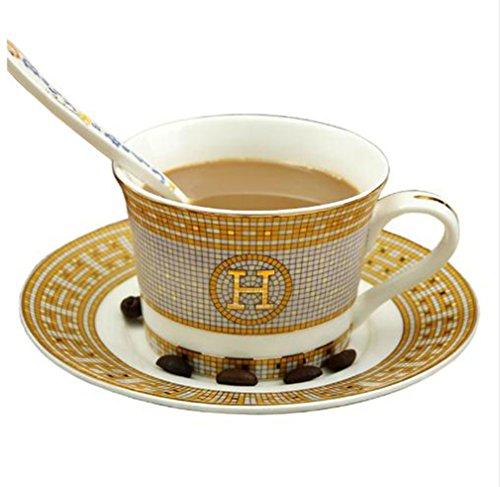 Tasse à café en porcelaine et soucoupe en os de café porcelaine\