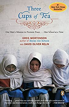 Paperback Three Cups of Tea: One Man's Mission to Promote Peace - One School at a Time Book