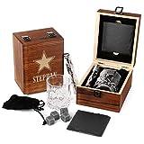 FORYOU24 Personalisierte Whisky-Geschenk-Box aus Holz mit Gravur des Namens M01 - Star - Whiskeyglas Schiefer-Untersetzer 4 Kühlsteine + Zange Geschenkidee