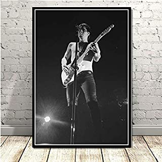 CHQUS Black and White Poster Brendon Urie Panic at The Disco Photo Wall Art Painting Canvas Wall Picture Room Home Decoration no Frame 40x60cm