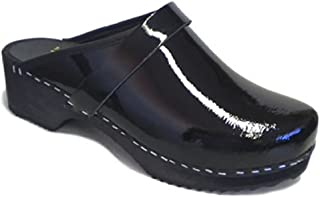 AM-Toffeln 100 Clogs in Black Patent