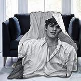 Louis Partridge - Manta de Tiro con Aire Acondicionado, Manta de Forro Polar, sofá Cama, sofá, Todas Las Estaciones, para niños, Adolescentes, Adultos, 50 x 40 Pulgadas