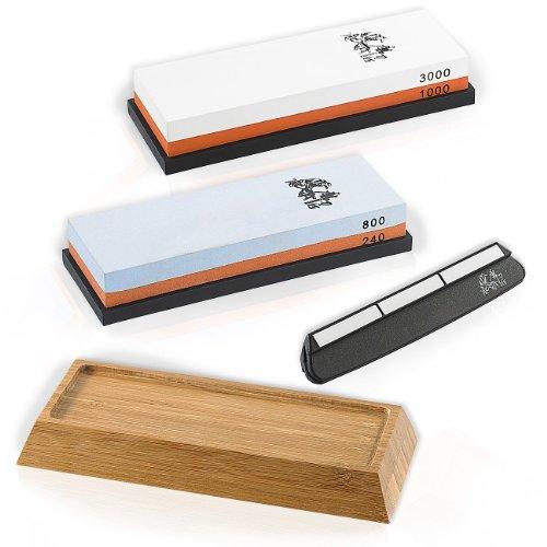 TokioKitchenWare Messerschleifstein: Wasser-Schleifstein-Set, 2 Doppel-Wassersteine, Winkelhilfe & Halter (Nass Schleifstein)