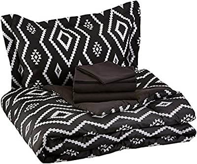 AmazonBasics 5-Piece Bed-In-A-Bag