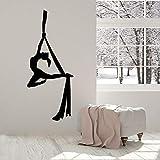 Calcomanía de pared de Yoga aérea para niña, belleza, meditación, equilibrio...