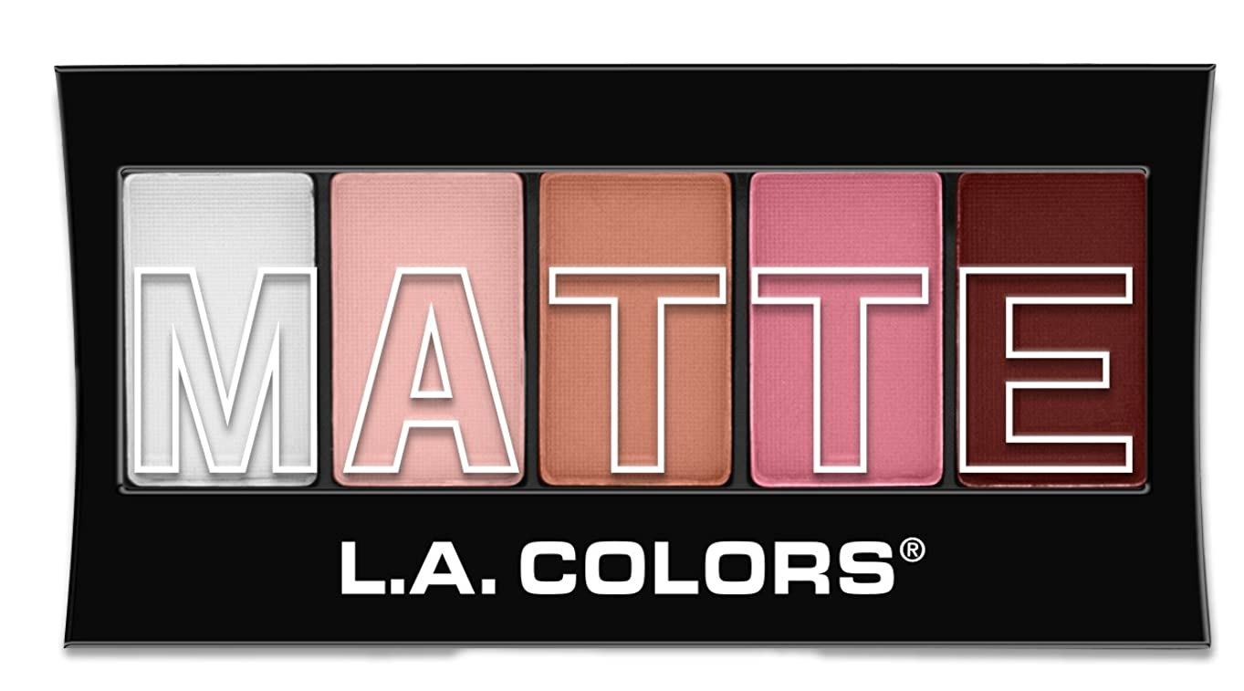 計算舌な同情的L.A. Colors Matte Eyeshadow - Pink Chiffon (並行輸入品)