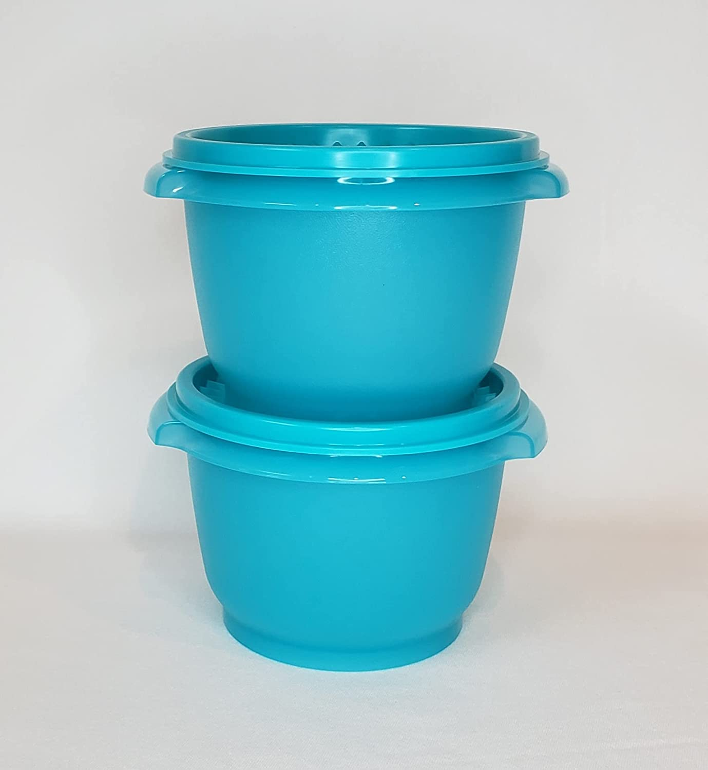 Tupperware New 20 Outstanding Ounce Servalier of 2 Set Bowls Import