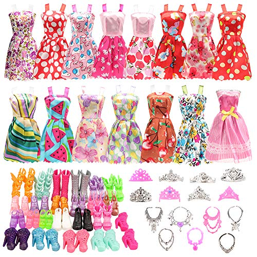 BARWA 32 pcs Doll Clothes and Ac...