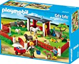 Playmobil verzorgingspost voor dieren met stal
