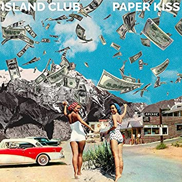 Paper Kiss