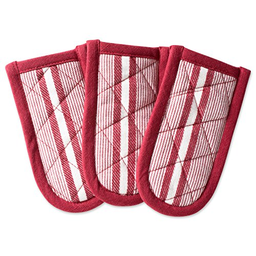 DII Cotton Stripe Quilted Pan Handle, 6x 3 Set of 3, Machine Washable and Heat Resistant for Everyday Kitchen Cooking and Baking-Barn Red