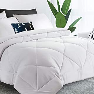"""MOONCAST All Season Comforter Soft Quilted Down Alternative Summer Cooling Duvet Insert Machine Washable Bedding Diamond stitched Hotel Collection-90""""102"""" King Size Bed Comforter"""