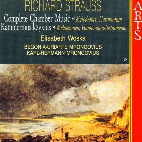 Elisabeth Woska, Begonia-Uriarte Mrongovius & Karl-Hermann Mrongovius