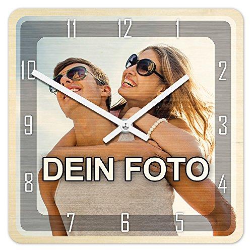 PhotoFancy® - Uhr mit Foto Bedrucken - Fotouhr aus Holz - Wanduhr mit eigenem Motiv selbst gestalten (26 x 26 cm eckig, Design: Klassisch schwarz/Zeiger: weiß)