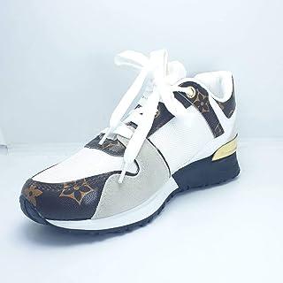 حذاء نسائي أبيض وبني