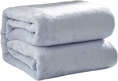 d97f8781f2 Love of Life Blankets Super Soft Warm Microfiber Fluffy Solid Color  Lightweight Throw for Sofas Beds