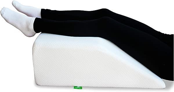 手术中的卡特勒医生的背部,让卡弗·舒斯特,把它从枕头上取出,然后把它从枕头上取出,然后被锁在天花板上,以及最大的紧急情况,