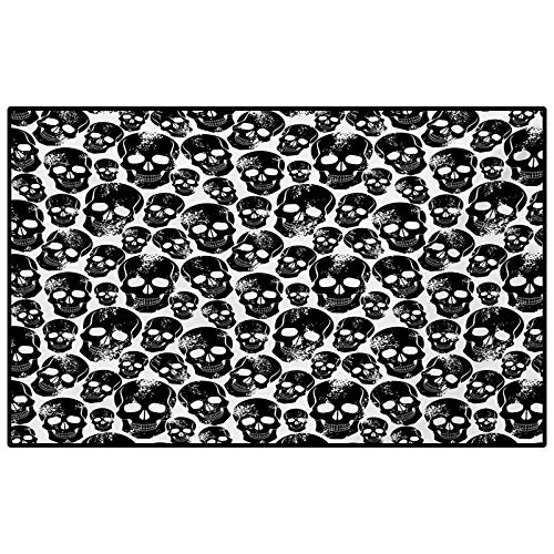 Gothic Outdoor Rugs for patios Outdoor Area Rug Grunge Black Human Skulls on White Backdrop Evil Men Fear Horror Death Skeleton Funny Black White 6.5 x 9.8 Ft
