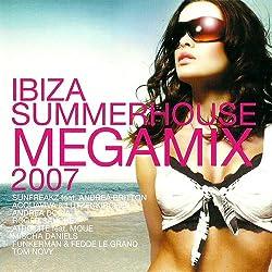 Non-Stop Zusammengemixte Disco Dance Hits von den Belaren, ideal zum Durchlaufenlassen auf Party, Bar, Club --- von namhaften IBIZA DJs