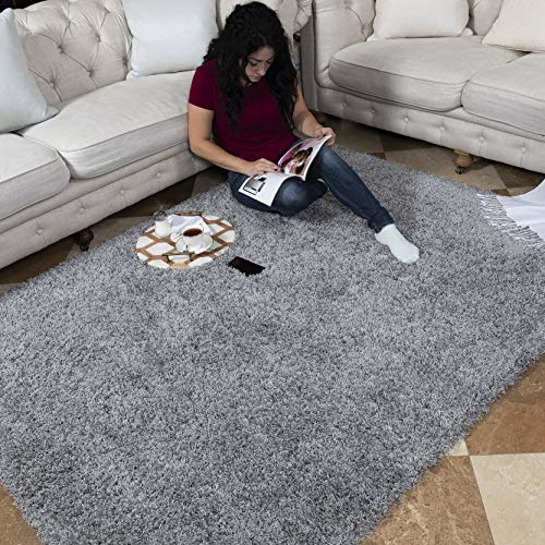 "Ottomanson Soft Cozy Color Solid Shag Area Rug Contemporary Living and Bedroom Soft Shag Area Rug, Grey, 5'3"" L x 7'0"" W"
