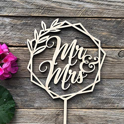 HappyPlywood Mr and Mrs Wooden Cheap mail order specialty store Wreath Max 81% OFF Toppers Cake Topper f