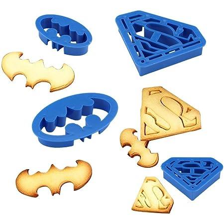 Anokay Set 4 pcs Moule de Biscuit Batman & Superman - Forme de Super Héros pour la Décoration de Pâtisserie - Moule à Biscuit, Pâte à Sucre, Tarte etc.