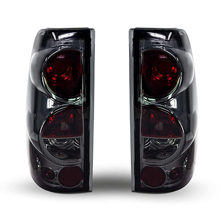 Winjet WJ20-0004-02 Taillights Lamps Replacement for 1999-2006 Chevy Chevrolet Silverado 1999-2002 GMC Sierra 1500 2500 3500 Factory Chrome Housing/Smoke Lens Tail Lights