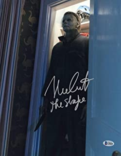 NICK CASTLE SIGNED 11X14 PHOTO HALLOWEEN AUTHENTIC AUTOGRAPH BECKETT PROOF COA A