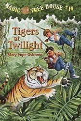 Tigers At Twilight (Turtleback School & Library Binding Edition) (Magic Tree House)