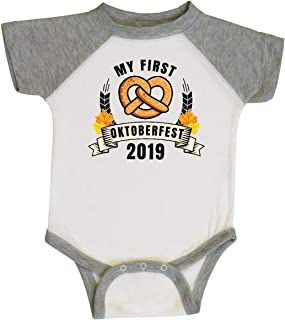 inktastic My 1st Oktoberfest 2019 with Pretzel and Banner Infant Creeper