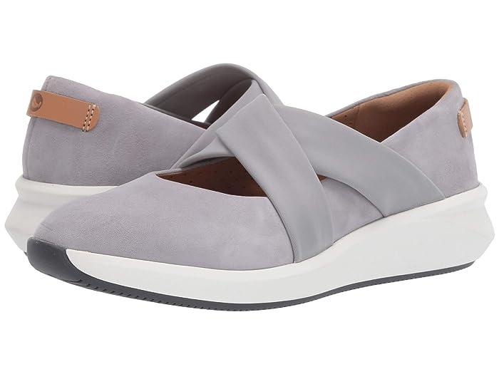 Clarks  Un Rio Cross (Light Grey Suede) Womens Flat Shoes
