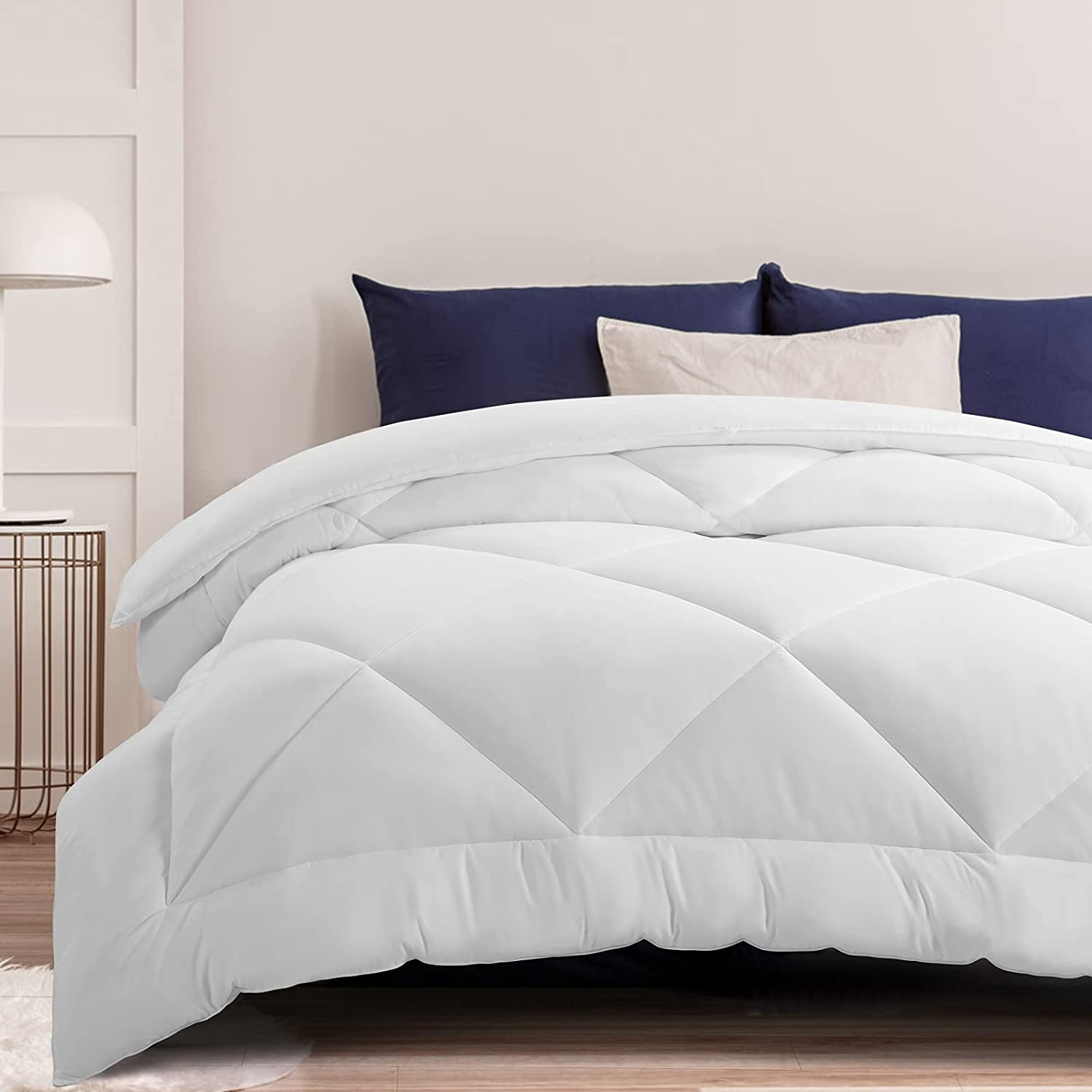 MOONCAST All Season Ranking TOP16 Queen Cheap bargain Comforter-Soft Alternativ Down Quilted