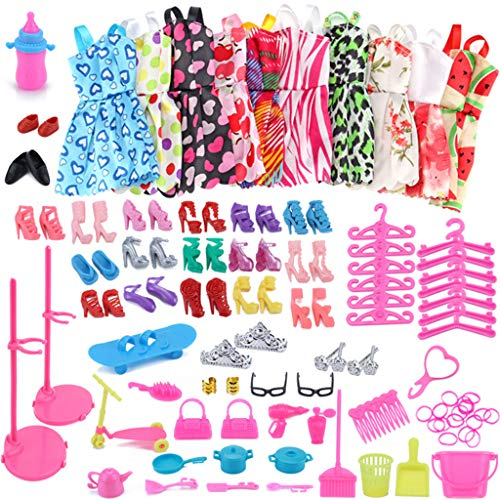 Amycute 83 Piezas Kit De Accesorios Muñeca 10 Vestidos + 18 Zapatos + 10 Gomas de Pelo + 2 Bolsas + 12 Perchas + 31 Accesorios Fashion para Muñeca Doll Regalo cumpleaños de niñas